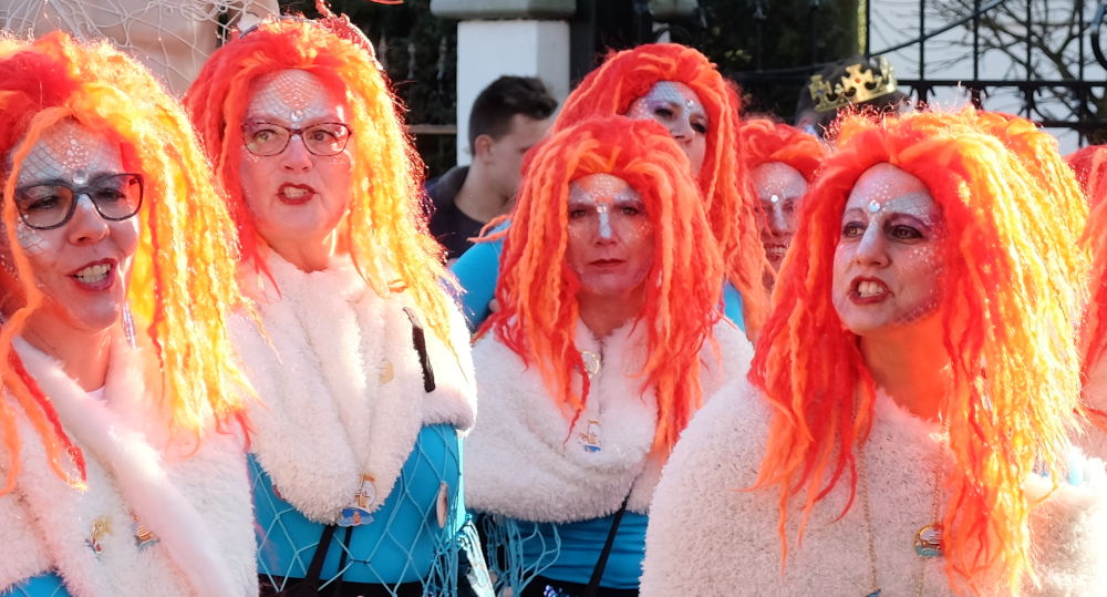 Karnevalsumzug 2019: Bunte Nixen (23.2.2019; Foto: Klare)