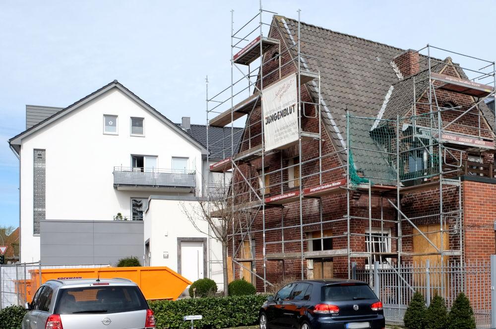 Am Klosterwald 1: Die Renovierung ist im vollen Gange (24.3.2019; Foto: Klare)