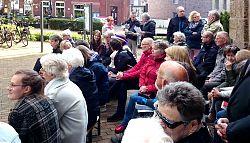 Teilnehmer des Wortgottesdienstes vor St. Clemens in Hiltrup (11.5.2019; Foto: Klare)