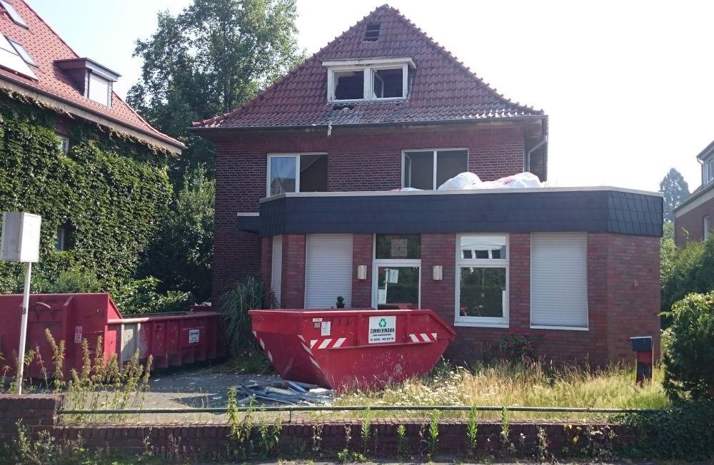 Auch am Klosterwald wird ein altes Haus abgebrochen: Nr. 9 (26.6.2019; Foto: Klare)