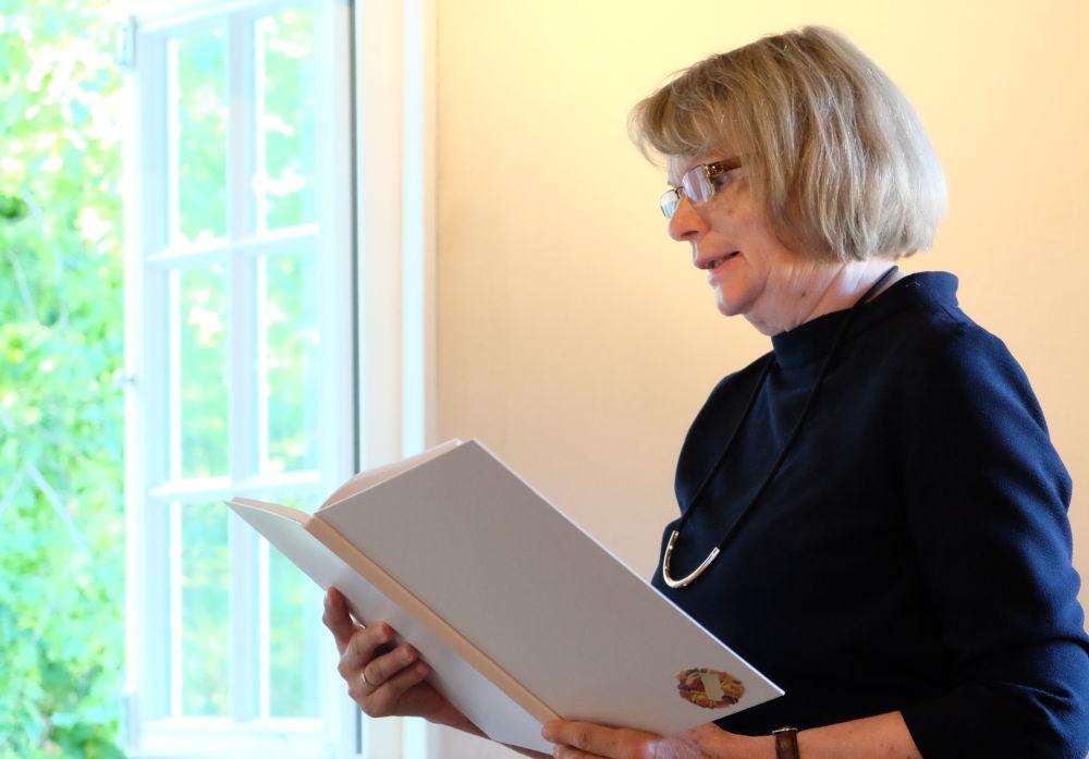 Anne Sandfort stellt Hans Bender vor (28.6.2019; Foto: Klare)