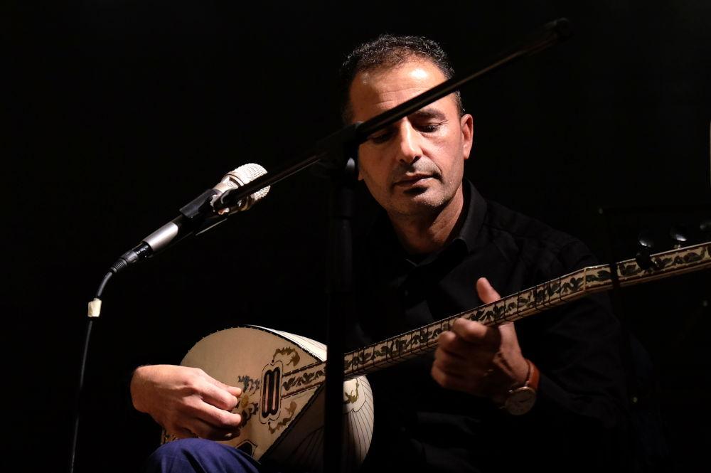 Hassan Khalil (Kulturbahnhof, 4.10.2019; Foto: Klare)