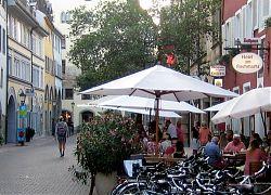 Startpunkt: Hotel am Fischmarkt in Konstanz (3.7.2019; Foto: Klare)