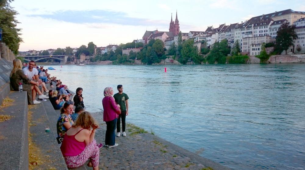 Abendliche Muße (Basel, 6.7.2019; Foto: Klare)