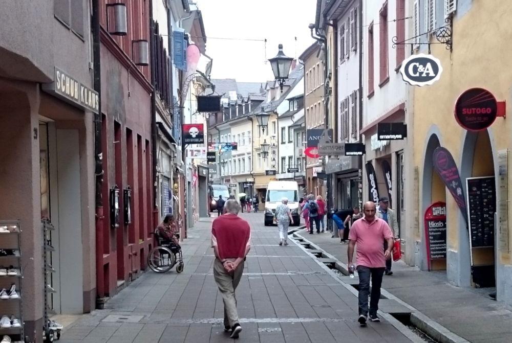 Freiburg, Rathausgasse (8.7.2019; Foto: Klare)