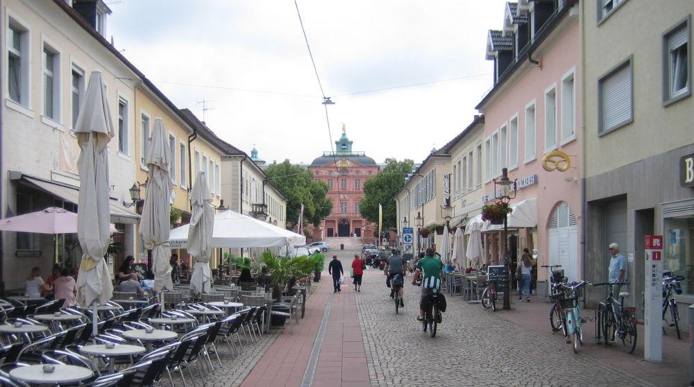 Rastatt, Schlossstraße (13.7.2019; Foto: Klare)