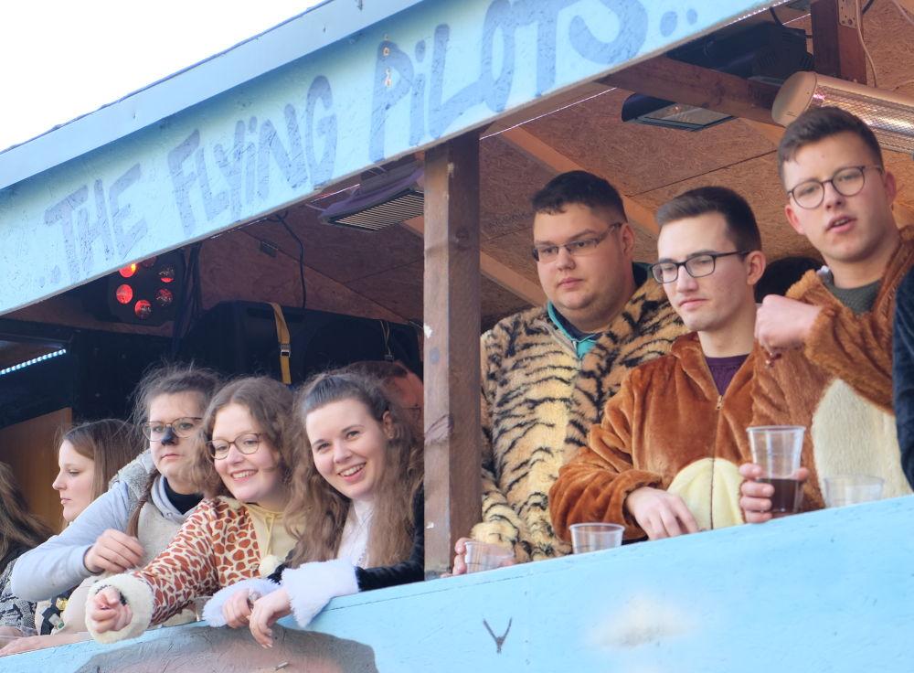 """""""Klassischer"""" Karnevalswagen (15.2.2020; Foto: Klare)"""