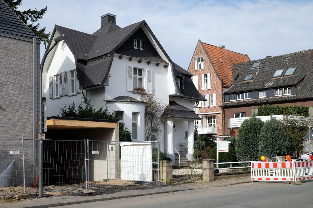 Am Klosterwald 2 steht zum Verkauf (8.3.2020; Foto: Klare)