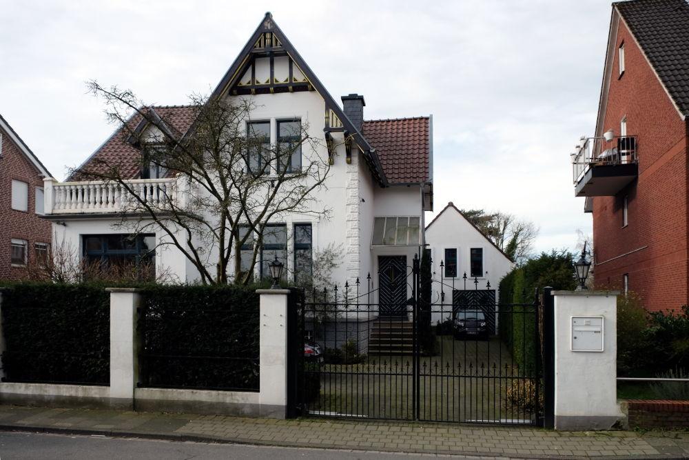 Am Klosterwald 10 (8.3.2020; Foto: Klare)