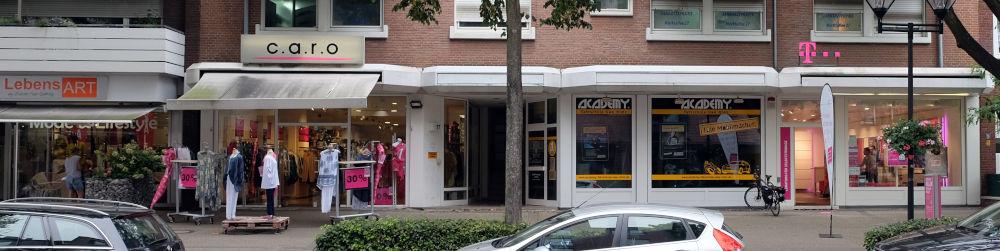 Marktallee 27: Parade der kleinen Läden (11.8.2020; Foto: Klare)
