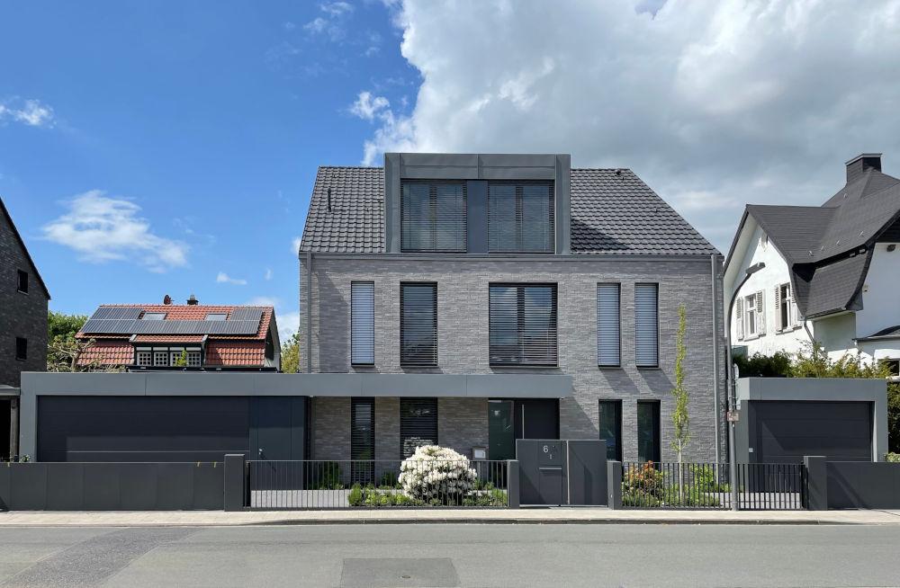 Am Klosterwald 6 nach Fertigstellung des Neubaus (21.5.2021; Foto: Henning Klare)