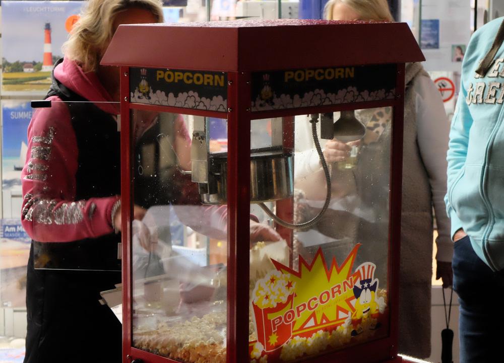 Bücher und Popcorn (1.10.2021; Foto: Henning Klare)