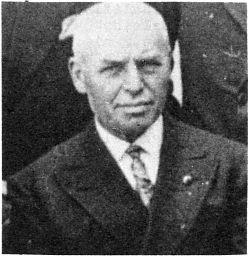 Johann Hüls, geb. 8.7.1873 in Rinkerode, gest. 29.8.1950 in Hiltrup, langjähriger Vorsitzender in den zwanziger Jahren bis 1932 (Foto: 1929)