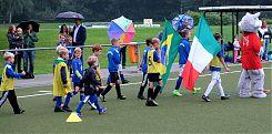 """Die Mannschaft """"Italien"""" läuft ein zum Endspiel (11.8.2017; Foto: Klare"""