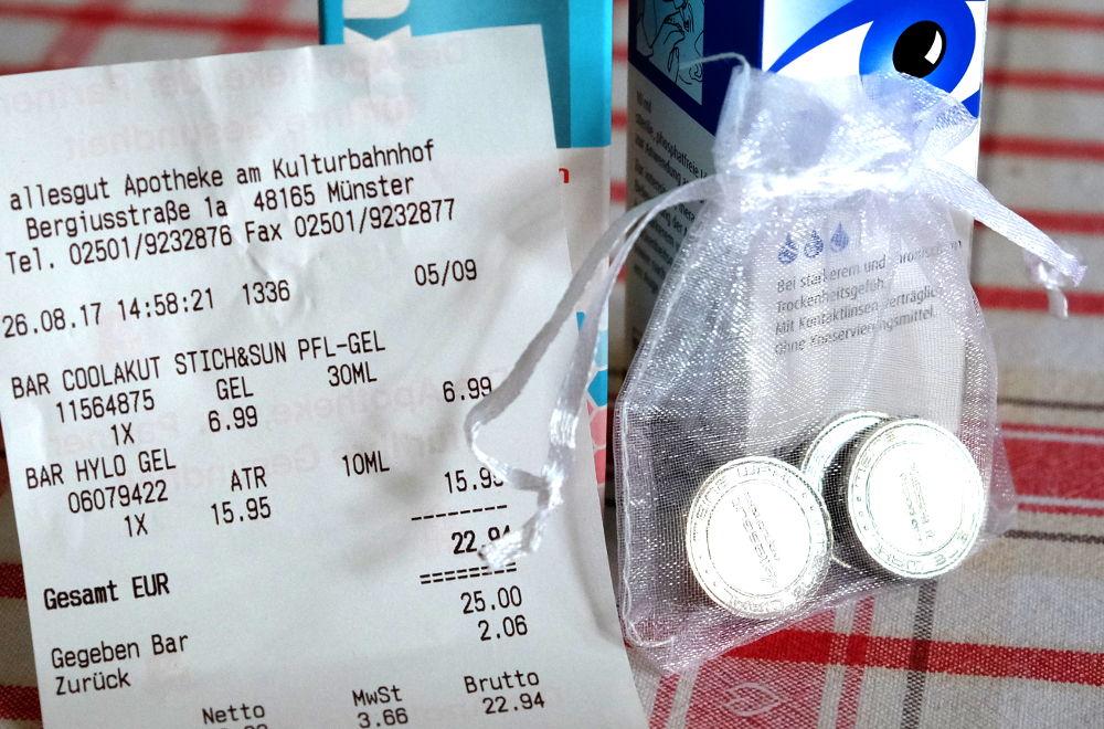 Taler für Pillen: Rabattaktion der Apotheke am Hiltruper Bahnhof (26.8.2017; Foto: Klare)