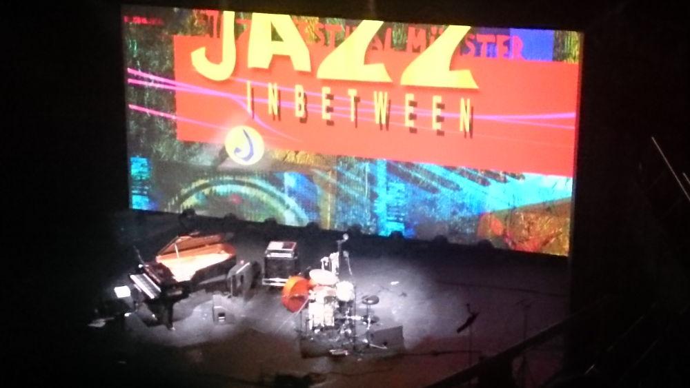 Jazz Inbetween 2018: Leere Bühne nach einem gelungenen Abend (7.1.2018; Foto: Klare)