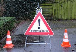 Gesperrt wegen Baumfällung (22.1.2018; Foto: Klare)
