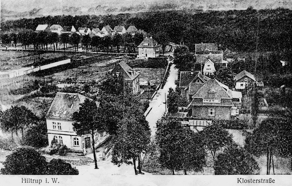 1920: Blick von der Clemens-Kirche in die Klosterstraße (heute: Am Klosterwald)