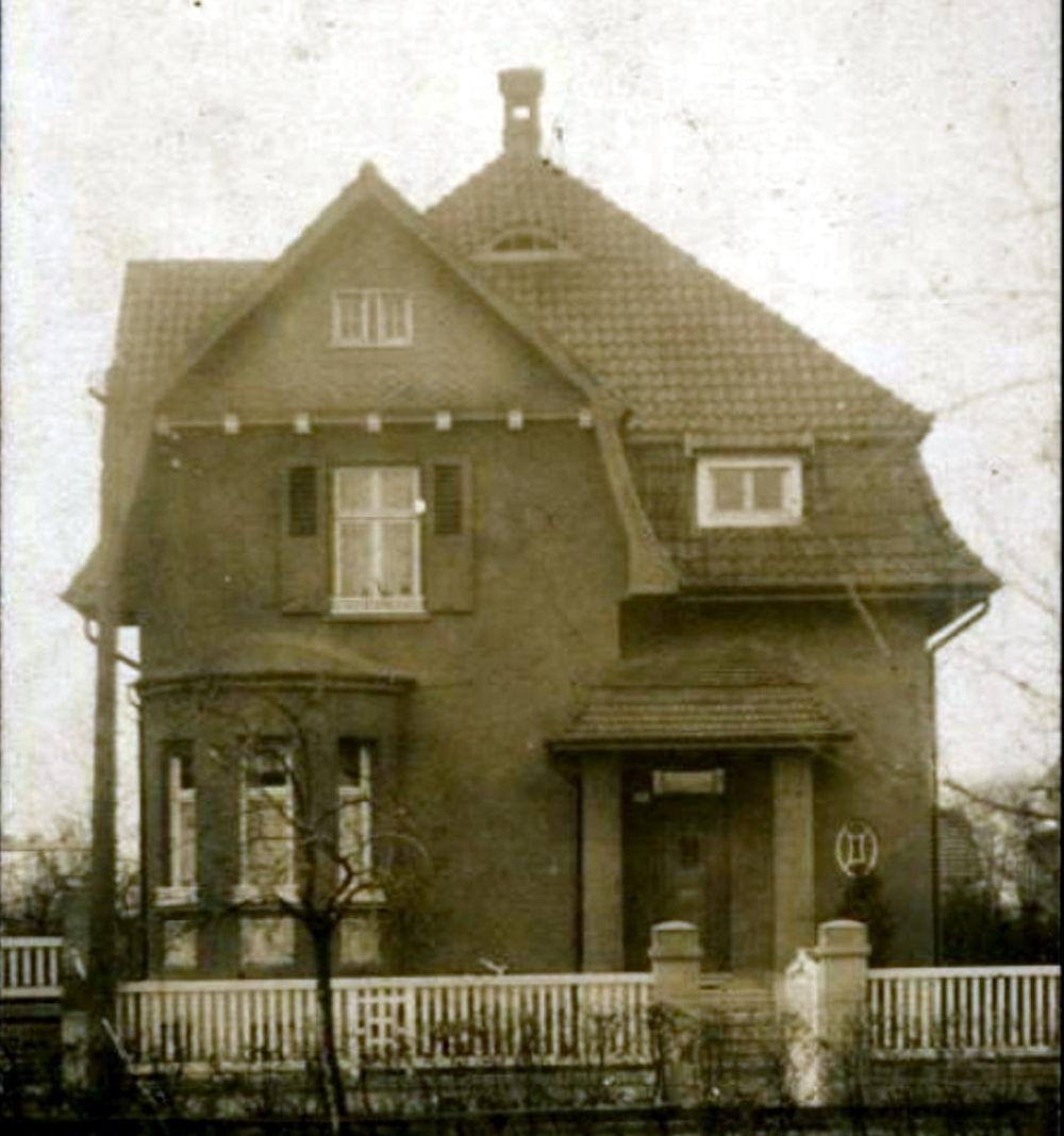 Klosterstraße 2 (Postkarte aus dem Jahr 1918)