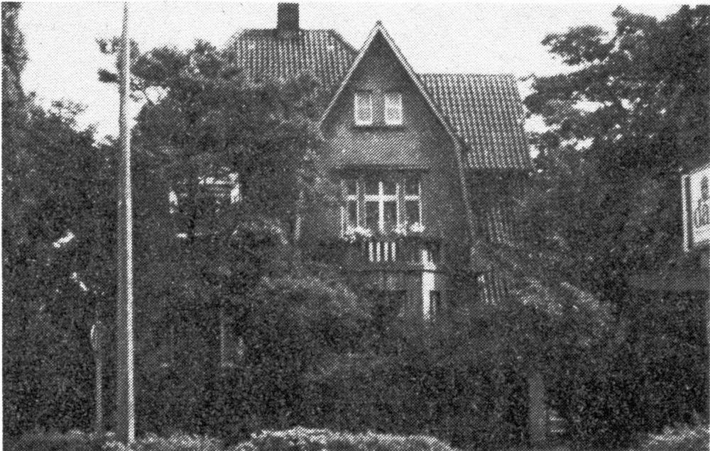 Marktallee 26, erbaut vor 1914, abgerissen 1983 (Foto aus dem Jahr 1982: Hiltrup heute und morgen Nr. 29)
