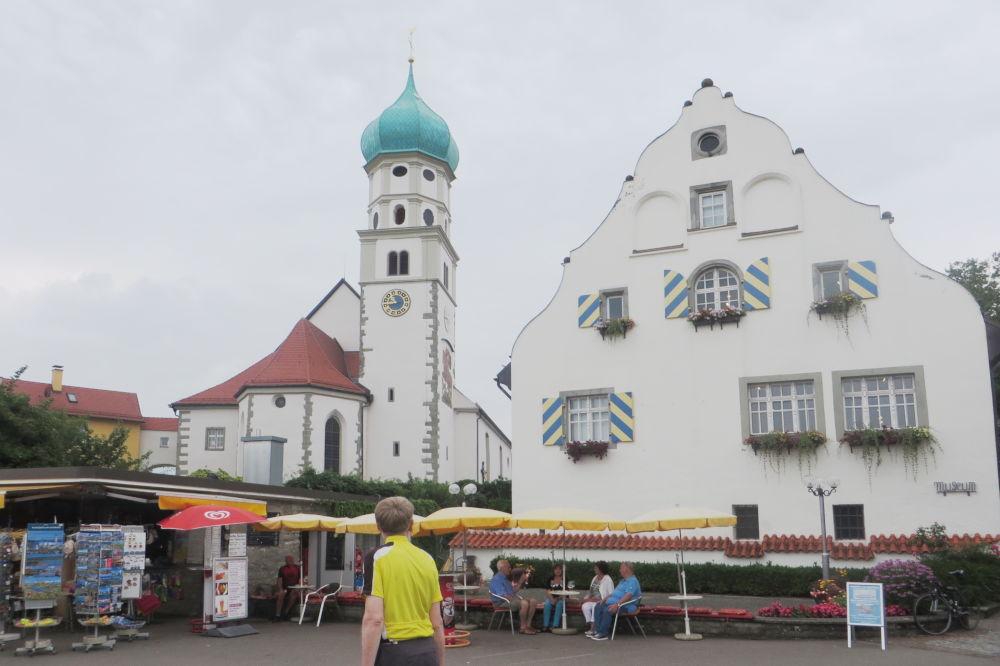 Wasserburg: St. Georg und Gericht (22.7.2018; Foto: Meyerbröker)