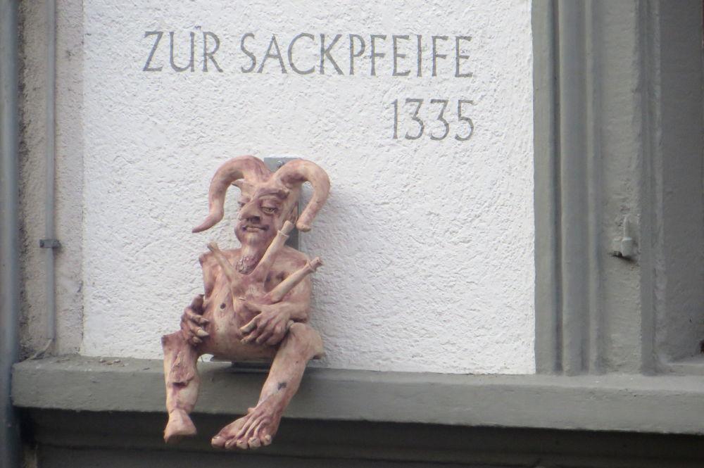Konstanz: Haus zur Sackpfeife (25.7.2018; Foto: Meyerbröker)